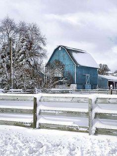 Barn / Stable / Farm / Winter Landscape / Country / Snow / Blue Barn / - Lovin' the blue barn! Country Barns, Old Barns, Country Life, Country Living, Country Roads, Farm Barn, Country Scenes, Winter Colors, Winter Blue