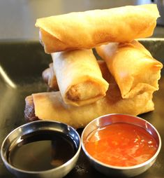 IMG_3405 Food N, Food And Drink, Vietnamese Spring Rolls, Norwegian Food, Norwegian Recipes, Asian Recipes, Ethnic Recipes, Tapas, Pizza