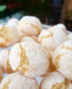Italian Cookies, Italian Desserts, Mini Desserts, Italian Recipes, Amaretti Cookies, Biscotti Cookies, Almond Cookies, Sweet Cooking, Almond Flour Recipes