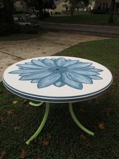 Hand-painted patio table salvaged from the dumpster, using Annie Sloan Aubusson Blue chalk paint! Painted Patio Table, Round Patio Table, Outdoor Tables, Outdoor Decor, Outdoor Living, Patio Tables, Outdoor Crafts, Wood Tables, Outdoor Stuff