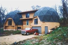 geodesic dome home Monolithic Dome Homes, Geodesic Dome Homes, Dome Greenhouse, Dome House, Earth Homes, Round House, Earthship, Kit Homes, Home Photo