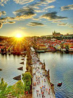 中世から時が止まったような街プラハ -チェコ 観光を集めました。旅行の参考にどうぞ。