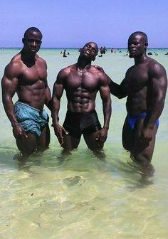 Black Is Beautiful : Photo Hot Black Guys, Black Men, Hot Guys, Black Man Photos, Dark Man, Muscle, Men Kissing, Muscular Men, Shirtless Men