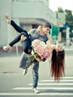 cute....... lovers I want this so bad and it is so romantic!!!!