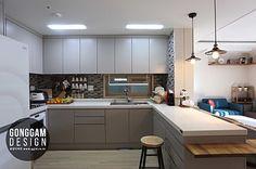 [30평대 아파트 인테리어] 강남구 자곡동 74(30평형) 마이너스옵션 아파트인테리어 비용 30평대 40평대 50평대 60평대 인테리어회사 예쁜집 강남구아파트인테리어 강남인테리어 업체 인테리어블로그 공감디자인 : 네이버 카페 Interior Design Kitchen, Interior Design Living Room, Living Room Decor, Bedroom Decor, Interior Ideas, Kitchen Dining, Kitchen Decor, Kitchen Cabinets, Kitchen Ideas