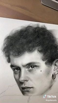 Art Drawings Sketches Simple, Portrait Sketches, Pencil Art Drawings, Realistic Drawings, Portrait Art, Sketch Art, Wolf Sketch, Bird Sketch, Flower Sketches