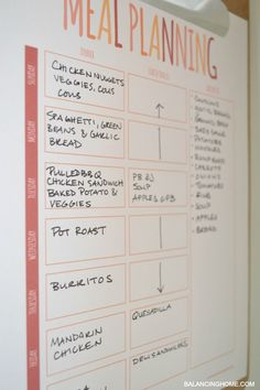 meal planning printable + a calendar printable. Time to get organized!