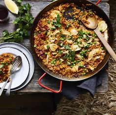 Paella with chorizo, peas and fennel