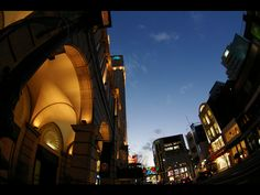 KOBE | Motomachi DAIMARU Department Store 神戸元町 大丸百貨店前