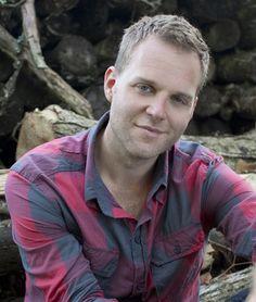 Matthew West, awesome christian music artist!!