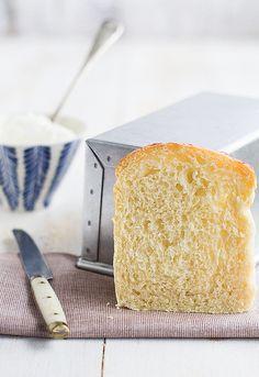 Receta de pan de molde con queso http://www.unodedos.com/recetario-de-cocina/receta-de-pan-de-molde-con-queso/        by Uno de dos,