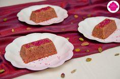 Halwa rose - Foodista challenge La recette: http://emiliesweetness.blogspot.co.uk/2016/05/halwa-rose-gateau-de-semoule-aux.html?m=1