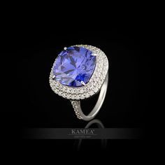 Zaujímavosť v každom detaile. Presne tak bol navrhnutý ďalší so zásnubných šperkov Dream Collection. Výnimočný a nádherný skvost, ktorý poteší ženské oko i srdce. Možnosť vyhotovenia v bielom a v žltom zlate. Zásnubný prsteň je dostupný v diamantovej verzii. Presne Tak, Heart Ring, Sapphire, Rings, Jewelry, Jewlery, Jewerly, Ring, Schmuck