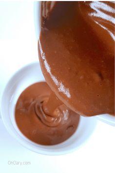 Keto Chocolate Mug Cake - Deliciously Moist 1 Minute Keto Dessert Keto Chocolate Mug Cake, Sugar Free Dark Chocolate, Keto Mug Cake, Chocolate Mug Cakes, Chocolate Desserts, Low Carb Mug Cakes, Low Carb Desserts, Dessert Recipes, Keto Recipes