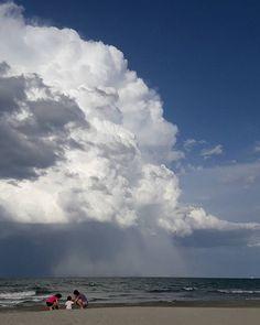 """spettacolo della natura #temporale #spiaggia #riccione #tempesta #cumbulusnimbus . . . #beach #cloud #nuvola #horizon #photooftheday #sand #sea #sky #water #photography #photos #picture #picoftheday #color #exposure #composition #focus #capture #moment #storm #stormy #stormyday #rainy #summertime #pioggia"" by @alma_de_fer. #capture #pictures #pic #exposure #photos #snapshot #picture #composition #pics #moment #focus #all_shots #color #foto #photograph #fotografia #photographyeveryday…"