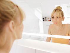 Reinigen, Vorbereiten, Pflegen – aber wie und wie oft? Und womit? Wir erklären, wie die tägliche Beauty-Routine eure Haut zum Strahlen bringt.