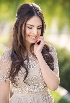 20 Most Romantic Wedding Hairstyles 2018 That Make You Wow 20 Jaw Dropping Wedding Hairstyles 2018 That Make Your Big Day a Memorable. These Romantic Wedding Hairstyles will Surely Grab the Attention of Crowd with Cute and Easy Styling Techniques.