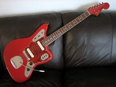 Jag, love the matching headstock