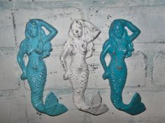 Trio of mermaid hooks. Refinished in aqua, white and turquoise blue, distressed and sealed. Each one measures 6 x 2 can be refinished in Aqua Bathroom, Girl Bathrooms, New Bathroom Ideas, Mermaid Bathroom, Master Bathroom, Mermaid Towel, Mermaid Beach, Phil Of The Future, Disney Little Mermaids