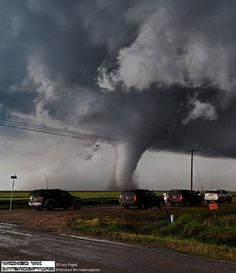Chaser convergence on the Dodge City stovepipe tornado last year.