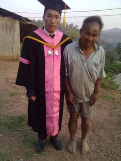 This poor farmer supported his son through college. On graduation day, the son said his father was his biggest pride. #respect