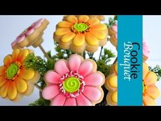 Cookie Bouquet - Gerbera Flower Cookies - How to make     http://montrealconfections.blogspot.com/