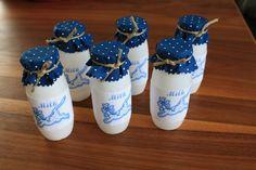 Kaufmannsladen & Küche - Milchflaschen Kaufmannsladen - ein Designerstück von Nadelstiche82 bei DaWanda