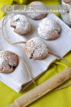 Chocolate macaroons – or macaroo'ons