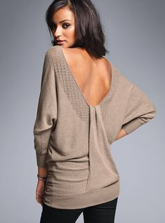 Gorgeous Victoria Secret sweater. Perfect for a late fall evening dinner!