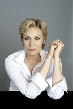 Jane Lynch to Join Hilary Swank as Co-Host of 'FOX's Cause for Paws: An All-Star Dog Spectacular' Thursday, November 27 Categories: Network TV Press Releases Written By Sara Bibel November 2014 Business Portrait, Corporate Portrait, Corporate Headshots, Professional Headshots Women, Professional Portrait, Profile Photography, Headshot Photography, Female Poses, Female Portrait