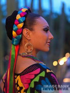 「メキシコ ヘアスタイル 編み込み」の画像検索結果