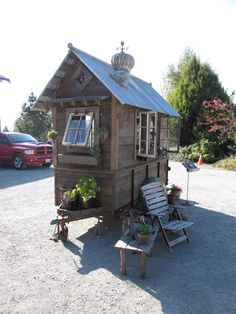 Tiny House on Wheels rustic vintage tiny house on wheels ~ That's pretty tiny. Maybe too narrow for my tastes but it's awfully cute.rustic vintage tiny house on wheels ~ That's pretty tiny. Maybe too narrow for my tastes but it's awfully cute. Tiny House Swoon, Tiny House Living, Tiny House On Wheels, Small Living, Rustic Shed, Farm Stand, Cabins And Cottages, Mini Cabins, Tiny Spaces