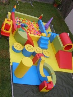 Wood or Metal Playground Equipment? – Playground Fun For Kids Soft Play Area, Kids Play Area, Kids Indoor Playground, Indoor Activities For Kids, Baby Gym, Baby Play, Café Design, Indoor Play Areas, Kids Cafe