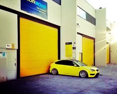 YelLow Ford Focus ST II