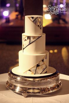 Art deco geometric wedding cake at the natural history museum. London wedding cakes by Sugared Saffron. Elegant Wedding Cakes, Elegant Cakes, Beautiful Wedding Cakes, Gorgeous Cakes, Wedding Cake Designs, Trendy Wedding, Geometric Cake, Geometric Wedding, Art Deco Cake