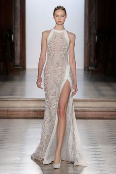 Tony Ward Couture I Spring Summer 2018 I White embroidered dress with halter neckline and silk detailing. Tony Ward Couture I Spring Summer 2018 I White embroidered dress with halter neckline and silk detailing. Vestidos Fashion, Fashion Dresses, Fashion Week, Look Fashion, High Fashion, Fashion Spring, Fashion Tips, Evening Dresses, Prom Dresses