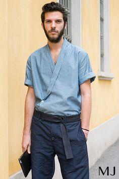 men's denim kimono shirt // menswear streetwear & style