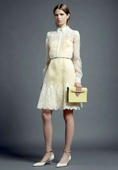 Valentino Resort 2013 - Fashion Week - Runway, Shows and Collections - Vogue Passion For Fashion, Love Fashion, High Fashion, Fashion Show, Dress Fashion, Paris Fashion, Runway Fashion, Fashion Trends, Modern Filipiniana Dress