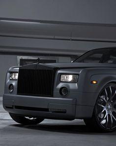 Rolls Royce Phantom Chrome Black #RollsRoyce #LuxuryCars