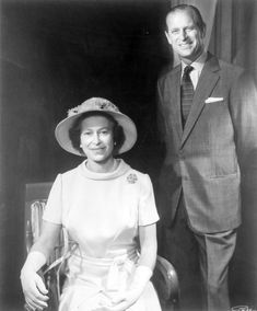 The Queen and Prince Phillip love this couple Hm The Queen, Royal Queen, Her Majesty The Queen, King Queen, Royal Monarchy, British Monarchy, Queen And Prince Phillip, Prince Philip, Elizabeth Philip