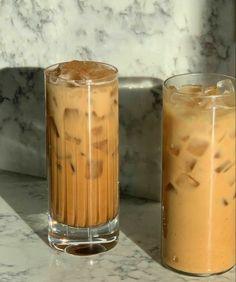 Iced Latte, Iced Coffee, Coffee Drinks, Aesthetic Coffee, Aesthetic Food, Coffee Pictures, Starbucks Drinks, Cafe Food, I Love Coffee