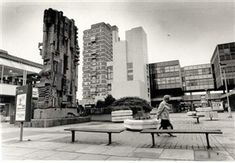 More brutalist architecture - the old Churchill Square in Brighton. Everything in this picture apart from the block of flats has now been demolished Brighton Rock, Brighton England, Brighton And Hove, Old Pictures, Old Photos, Bognor Regis, Local History, Old Postcards, Brutalist