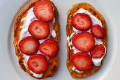 Süßkartoffel-Toast mit Erdbeeren