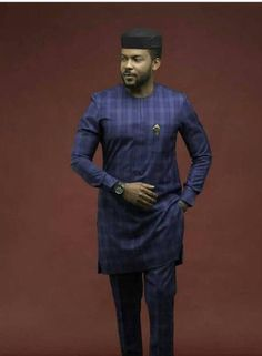 This a beautiful purely handmade african mens outfit for all occasion. available in all sizes and even same style in different colors. African Wear Styles For Men, African Shirts For Men, African Dresses Men, African Attire For Men, African Clothing For Men, African Suits, Dashiki Shirt, Nigerian Men Fashion, Family Pictures