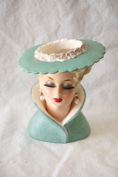 Vintage Napcoware Lady Head Vase Vasos Vintage, Vintage Pottery, Vintage Ceramic, Head Planters, Vintage Decor, Vintage Love, Vintage Beauty, Vintage Antiques, Half Dolls