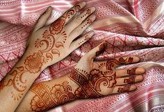 flower mehndi designs for hands jpg simple floral henna henna designs easy small henna designs pakistani henna designs Mehandi Designs Images, Small Henna Designs, Wedding Henna Designs, Latest Henna Designs, Mehndi Designs For Beginners, Mehndi Design Photos, Beautiful Mehndi Design, Best Mehndi Designs, Mehndi Designs For Hands