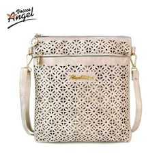 ddcf3e89dfe9 8 Best Chic Purses and Handbags images