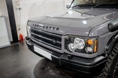 Land Rover Discovery receives full machine polish, Swissvax products applied to protect the paintwork, glass, tyres and alloys. Land Rover Discovery Off Road, Range Rover Discovery, Discovery 2, Land Rover Camping, Range Rover Car, Overland Truck, Commercial Van, Cars Land, Expedition Vehicle