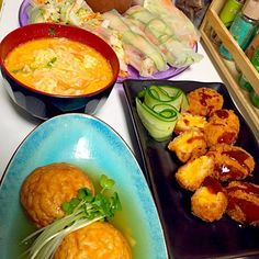 アメリカにホームステイした時に良く食べたマカロニ&チーズがコロッケに♪  生春巻きには ナンプラーにタマリンドを合わせた甘酸っぱいソースを添えました( ^ω^ ) - 15件のもぐもぐ - 魚河岸揚げのあんかけ煮  マカロニ&チーズコロッケ  タイラーメン  海老と青パパイヤの生春巻き by YokoIshikawa