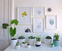 #Bilderwand: schöne Idee für das wohnzimmer #interior #bilderwand #bilderrahmen #deco #wandgestaltung #pflanzen Mehr Ideen für die schönste Wandgestaltung auf SoLebIch: www.solebich.de/wohnen/wandgestaltung